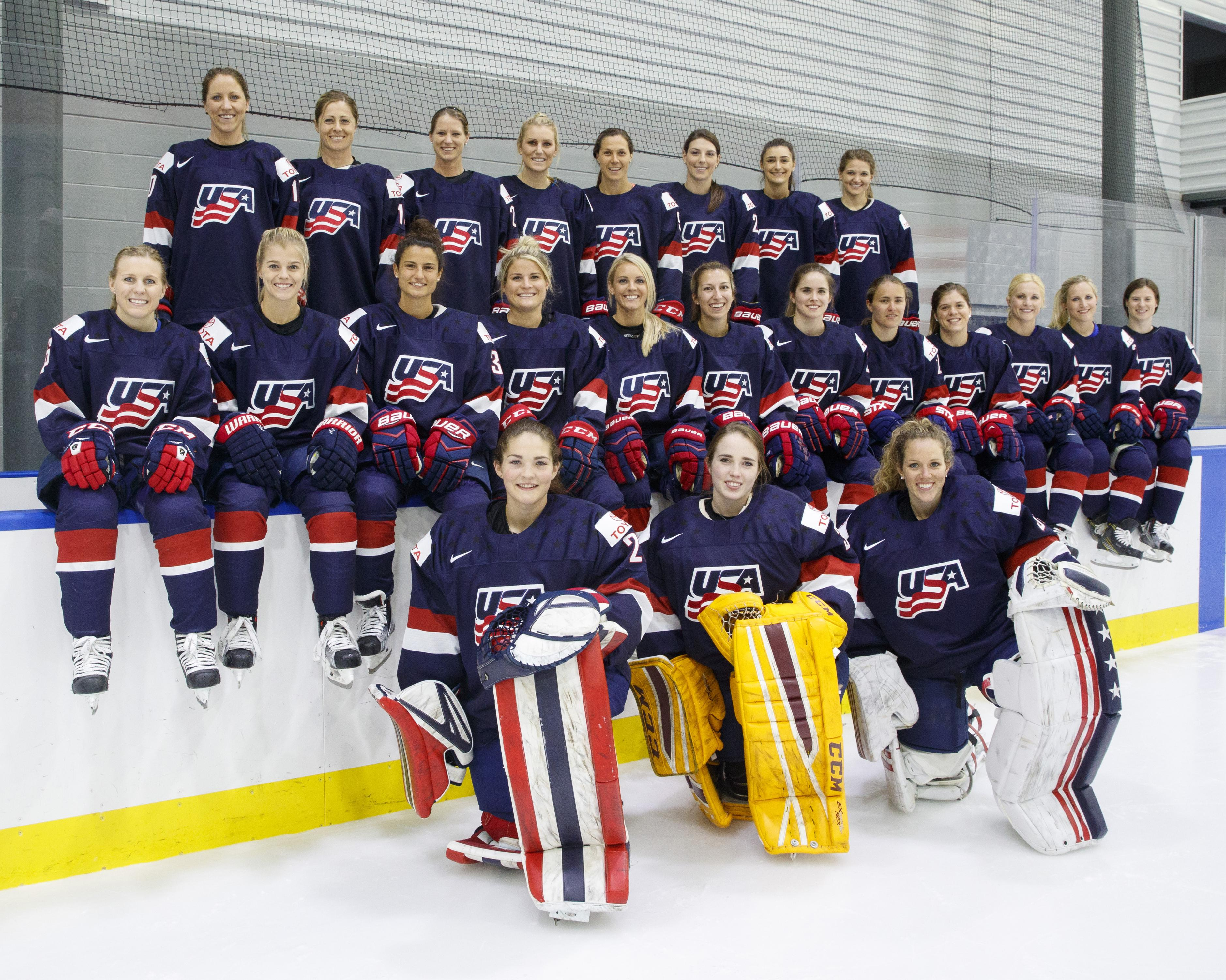 womens hockey team opened - HD3759×3007